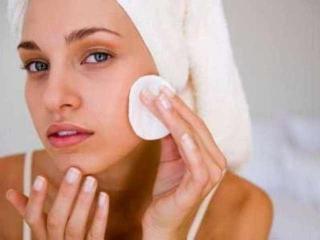 Угри. Гнойничковые поражения кожи. Лечение народными методами
