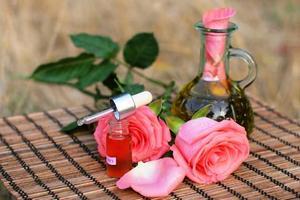 Приготовление в домашних условиях розовая вода