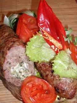 Готовим мясные рулетики с начинкой в духовке