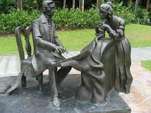 Жорж Санд стала в своей стране той особенной личностью, ради которой неумолимое общественное мнение готово было сделать исключение.