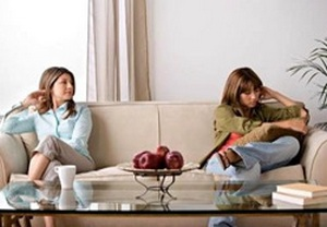 Если серьезные проблемы появляются во взаимоотношениях женщины с мужем, она разведется. Но с дочерью не разведешься…