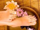 Ванночки для ног от трещин на пятках, натоптышей