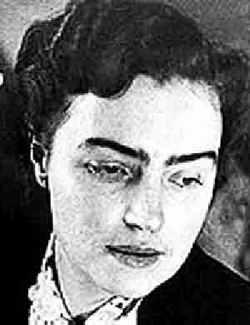 Крандиевская-Толстая на протяжении 20 лет была для именитого классика женой, матерью его сыновей, музой, секретарем…