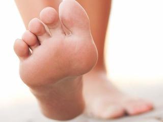 lekarstvo-gribok-nogtey-na-nogah
