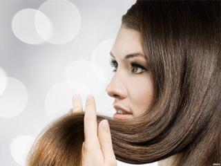 Выпадение волос: причины и способы лечения