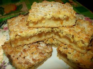 Пирог яблочный. Рецепты для романтического ужина  в  День Святого Валентина.