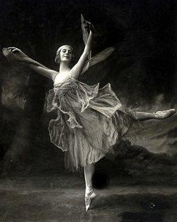 Анна Павлова просто делала свое дело. Но в результате перекроила грядущую историю искусств.