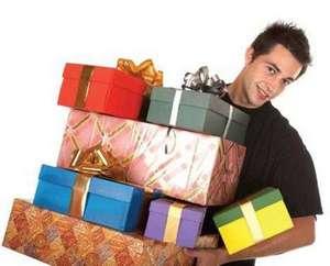 Увы, многие (а иногда хочется сказать, что почти все) мужчины ни выбирать, ни дарить подарки не умеют.