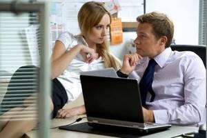 Женатые мужчины никогда не бросают ради своих любовниц жен, потому что их связывает нечто большее, чем офисный стол.