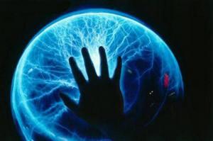 Считалось, будто бы в «электролюдях» спрятана какая-то необычная сила, скажем, безудержная психомагнетическая.