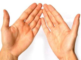Как лечить потливость рук. Рецепты народной медицины