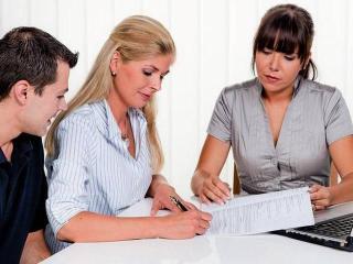 Трудовой договор (женщина и работа)