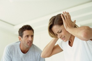 Мужчина становиться альфонсом не в одночасье, и вполне возможно, что именно жена потворствует ему своим неправильным отношением.