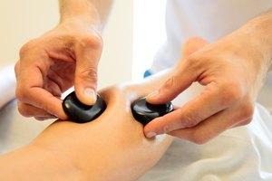 Стоунтерапия: область применения, секреты массажа камнями, польза и противопоказания