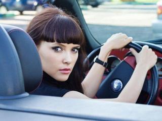 Женщина за рулем: цитаты, размышления, статистика.