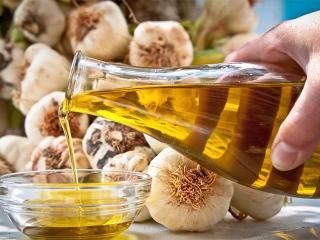 Лечебные растительные масла. Чесночно - луковое масло