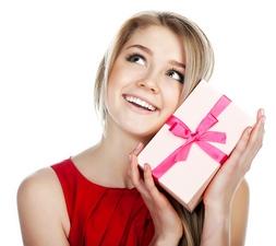 Что подарить любимой женщине, коллеге, подруге?