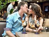 Какие болезни передаются через поцелуй?