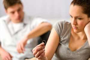 Где-то прочитала, что такое изменение отношений – это кризис семьи, что у всех бывает.