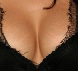 Правильный уход за грудью не только не ухудшит ее форму, но и может значительно улучшить.